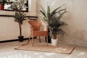 Stuhl aus Bambus, nachhaltige Einrichtung von Ferienwohnungen