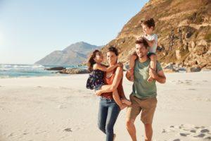 Familienurlaub, Familienfreundliche Ferienwohnung, Familie am Strand
